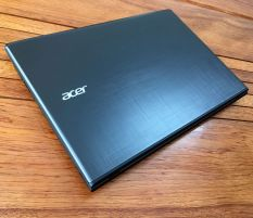 Acer E5-575G Core i7 7500u Vga 940mx 2Gb Full HD