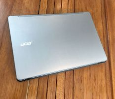 Acer F5-573G Core i7 7500u Vga Geforce 940mx 2Gb