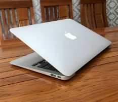 Macbook Air 11 inch 2013 Core i5 4250 Ram 4 SSD 128