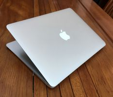 Macbook Air 13 2015 Core i5 5250u Ram 4 SSD 128